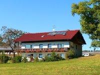 bauernhofurlaub-vorderer-bayerischen-wald-ferienhaus-ansicht.jpg