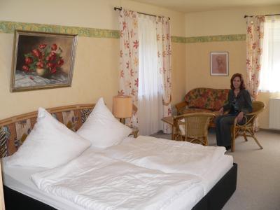 Ferienwohnungen Kopp im Untermurrnthal Schlafzimmer