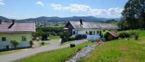 Ferienhaus Achatz in Patersdorf Übernachtung mit Aussicht