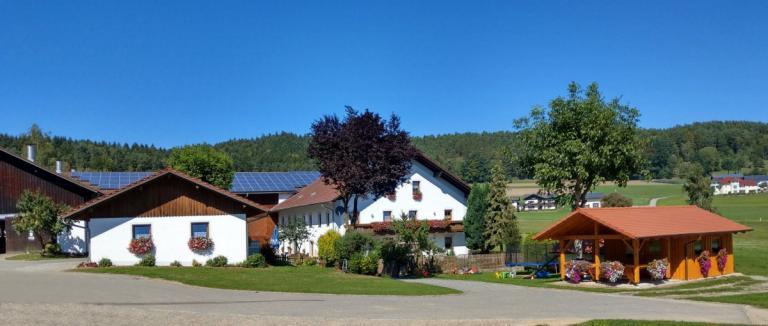 ammerhof-zandt-bauernhofurlaub-landkreis-cham-bayerischer-wald