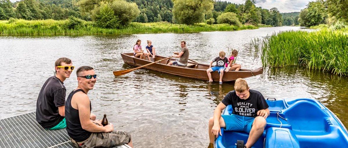 bartlhof-mossendorf-unterkunft-naab-fluss-angeln-boot-fahren