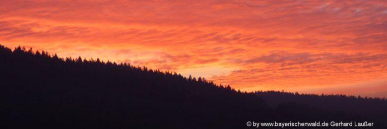bayerischer-wald-romantischer-urlaub-saisonen-sonnenuntergang