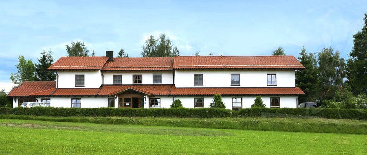 Landgasthof, Apartmenthaus, Landhaus Beck in Grafenau