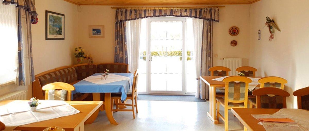Übernachtung mit Frühstück bei Tirschenreuth Pension in Mähring
