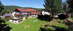 Eder Haus am Berg Rinchnach Kinder Hotel Bayerischer Wald