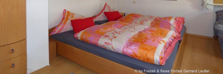 ferienwohnungen-niederbayern-unterkunft-schlafzimmer