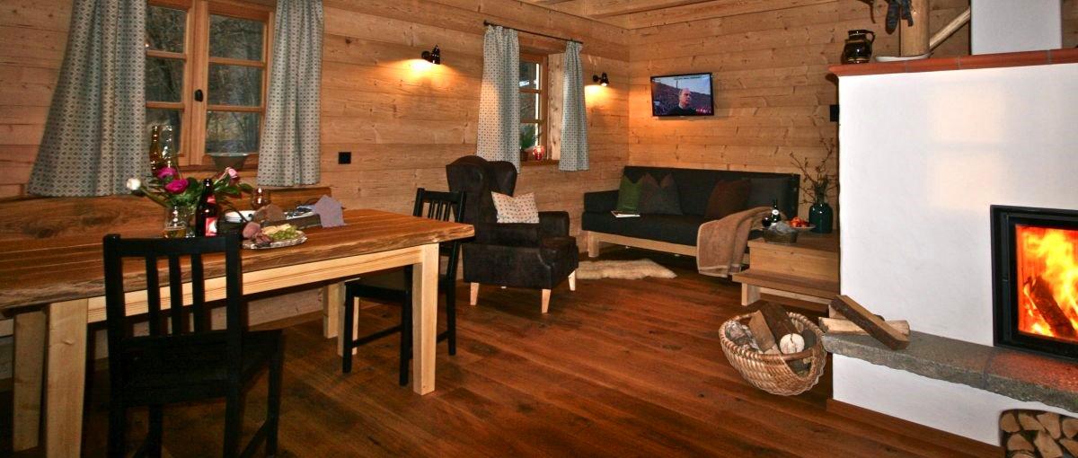 Holz Ferienhäuser mit Kaminofen Chalets in Bayern / Bayerischer wald