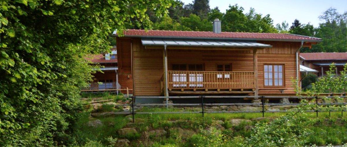 Hüttenurlaub mit Kaminofen in Bayern Chalet für Zwei buchen
