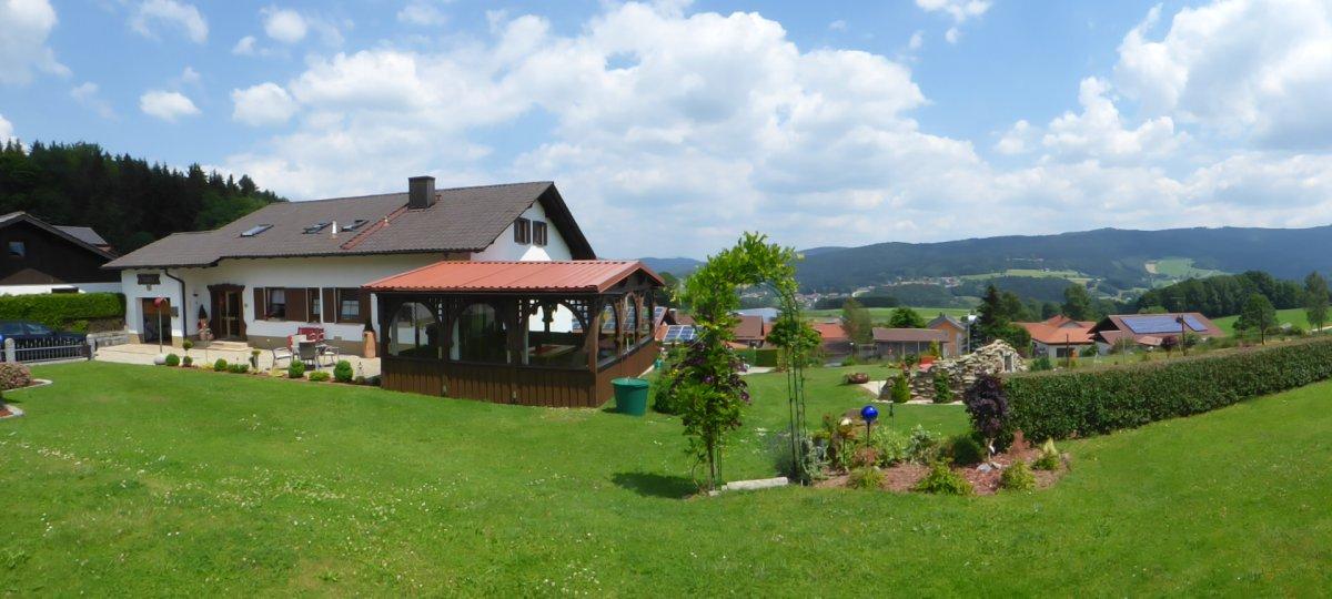 Friedrich Weihmannsried Pension in Gotteszell Zimmer und Ferienwohnung