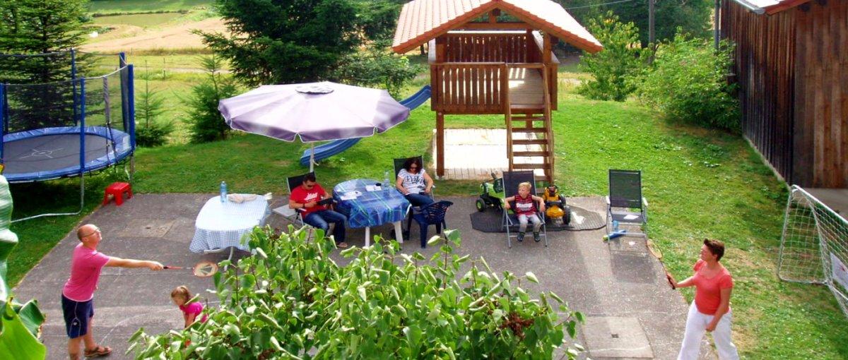 Kinderspielplatz am Simmerlhof in Traitsching Bauernhof Greiml in der Oberpfalz