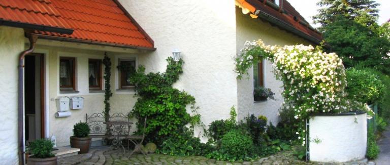 grohmann-falkenstein-ferienwohnung-oberpfalz-eingangsbereich-1200