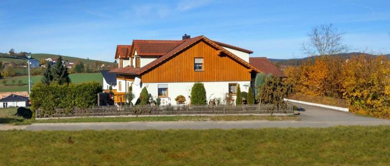 grotz-anneliese-ferienwohnung-zifling-willmering-unterkunft-cham-1200