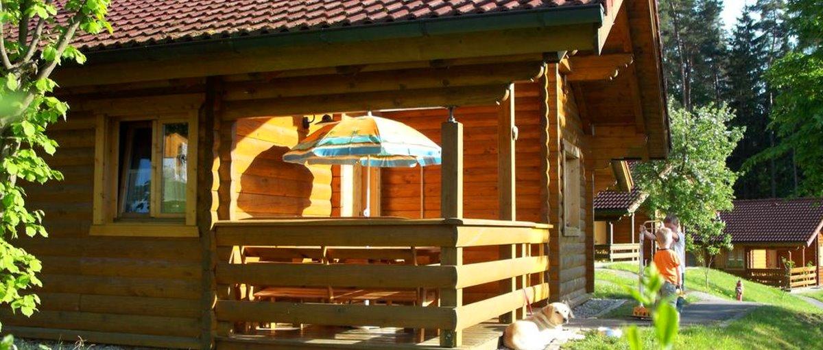 Oberpfalz Ferienhaus mit Hund - Blockhaus Hedwig in Stamsried