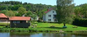 Übernachtung mit Angeln bei Roding Fewo Heimerl in Wiesing