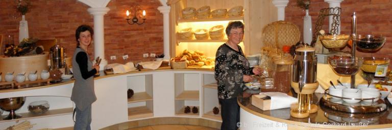 hotels-bayerischer-wald-guenstige-angebote-frühstücksbuffet