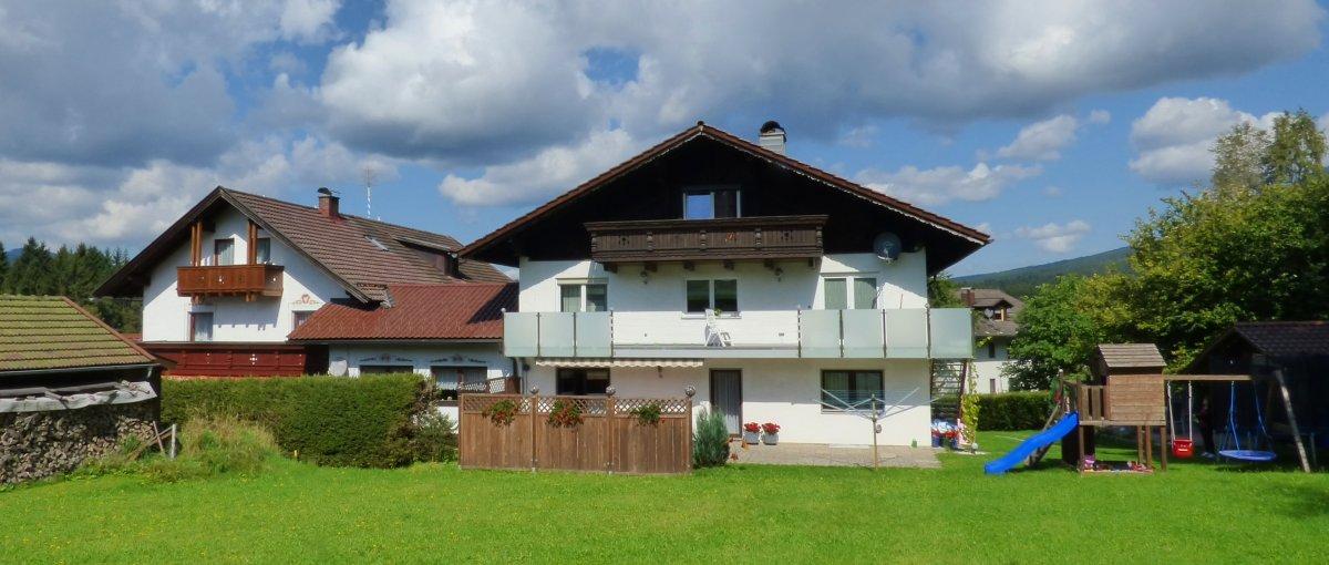 Gästehaus Jutta – Zimmer mit Frühstück in Lindberg