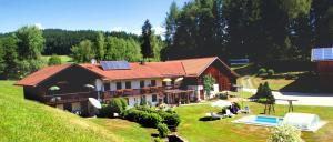 Kieselmühle Ferienwohnung mit Swimmingpool in Bayern