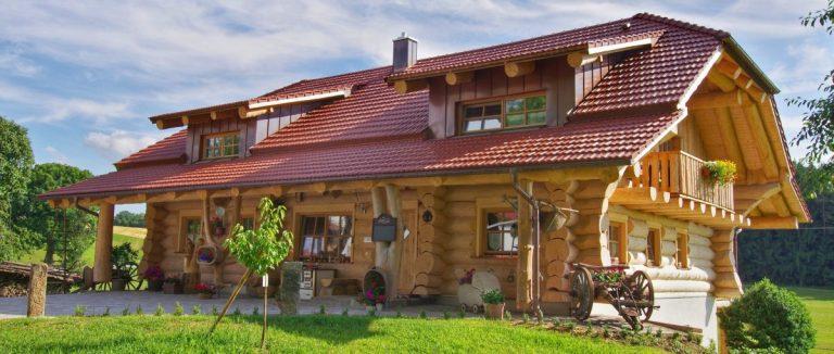 luger-holzhaus-bauernhof-bayern-luxus-blockhaus-roding