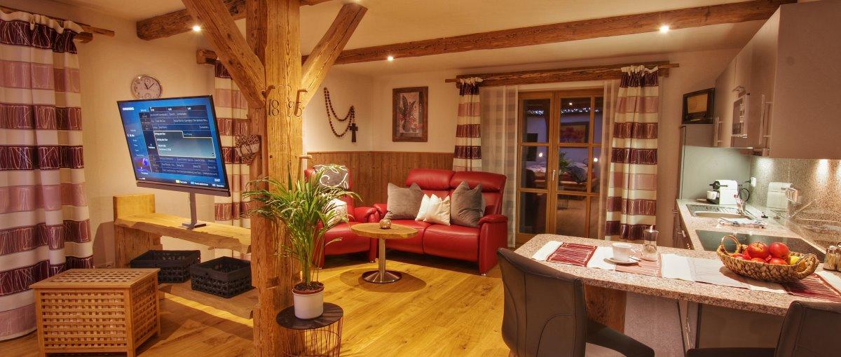 Bauernhof Luger Blockhaus Ferienwohnung und Zimmer bei Roding