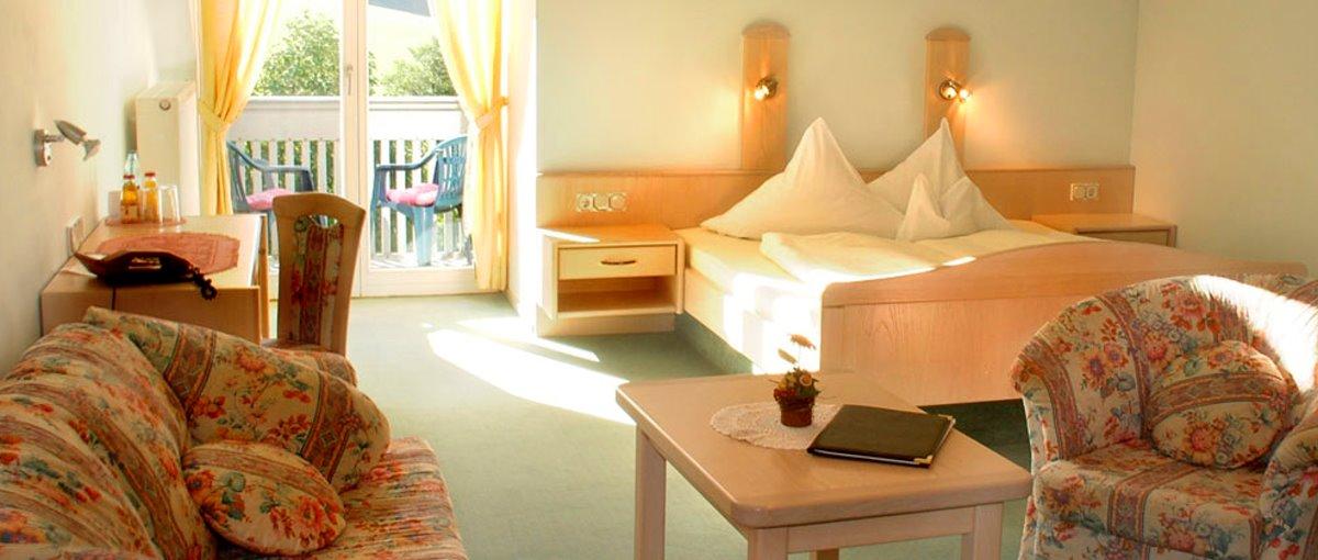 miethaner-landhotel-am-see-zimmer-viechtach-übernachtung