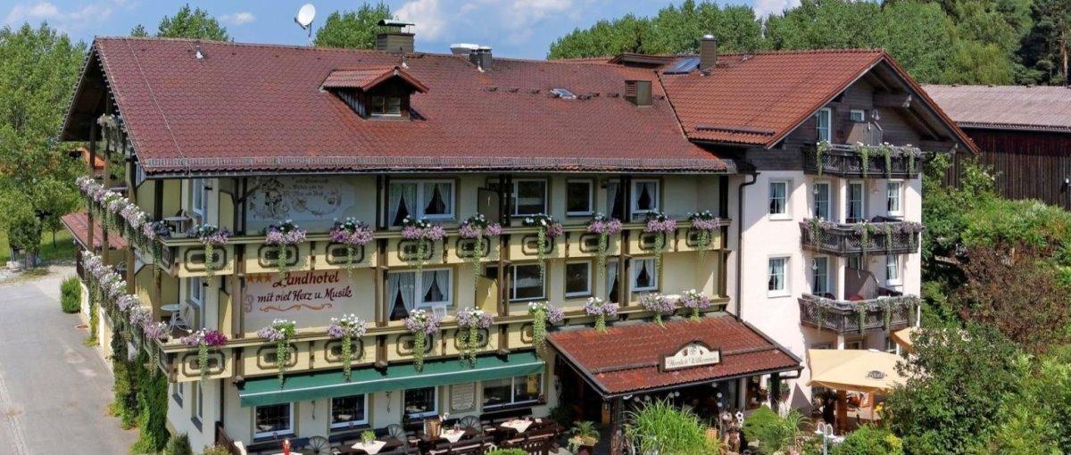 You are currently viewing Mühl Schweinhütt – Musikhotel Bayerischer Wald Tanzhotel