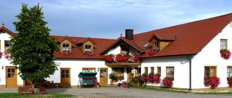nissl-neunburg-vorm-wald-ferienwohnungen-oberpfalz-bauernhof-ferienhaus