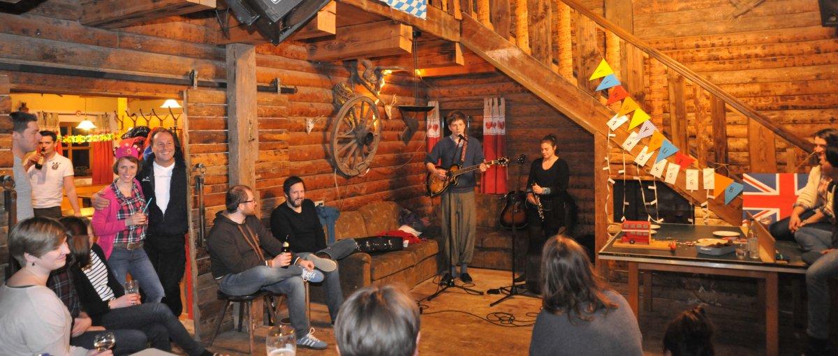 Bayerischer Wald Party Hütte zum Feiern und Übernachten in Bayern