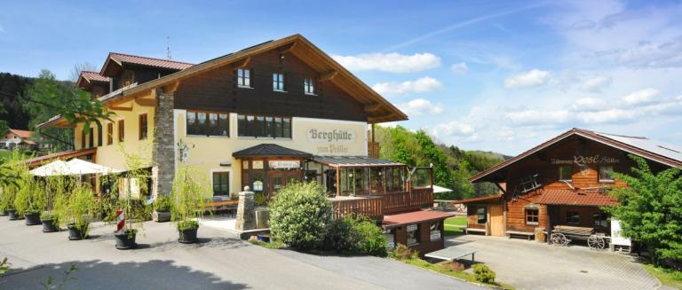 pröller-berggasthof-sankt-englmar-berghütten-bayerischer-wald