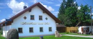 Landhaus Schanzer Ferienhaus am See für 6 Personen