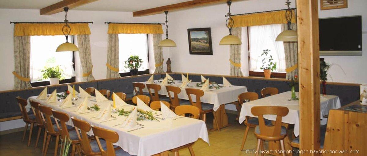 Sattelbogen Gasthof zur Linde in Atzenzell Gasthaus Schmid bei Zinzenzell