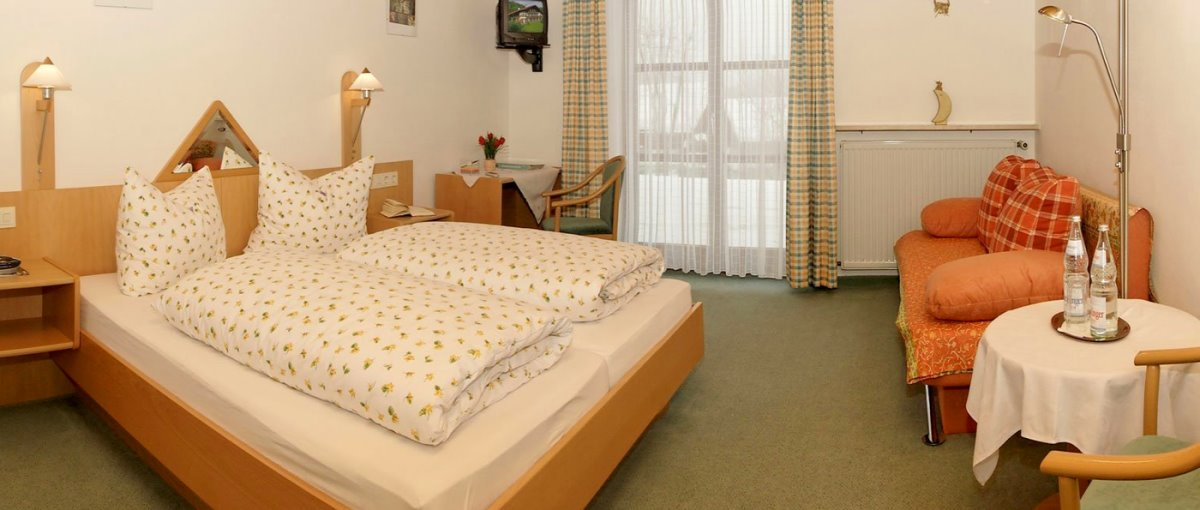 Hundepension in Zwiesel im Landkreis Regen Übernachtung im Appartement & Zimmer mit Frühstück