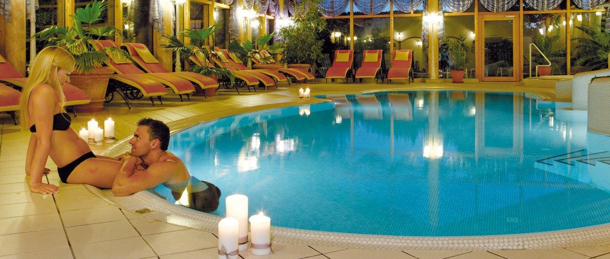Wellnesshotel am Geißkopf Hotel Gasthof Weber in Triefenried Zachenberg mit Schwimmbad