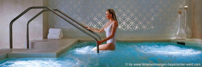 wellnessurlaub-bayersicher-wald-ehrholungs-hotels-swimming-wellness-hotel