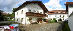 Ferienhaus Wieser Gasthof zum Dorfwirt in Arnbruck Wirtshaus